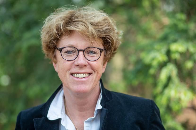 drs. H.R. (Renée) Chalmers Hoynck van Papendrecht