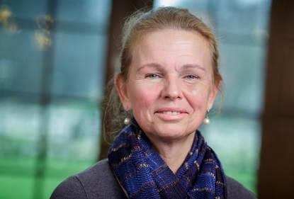 dr. N. (Nienke) Endenburg PhD
